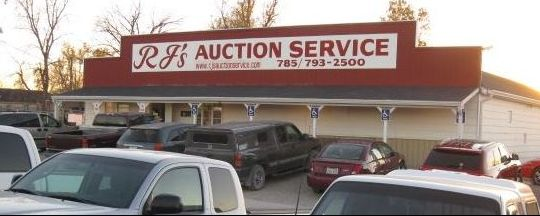 Front of RJ's auction house